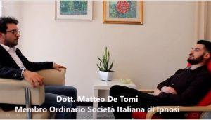 seduta-di-ipnosi-eseguita-dal-dott-De-Tomi